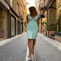 NUEVA COLECCIÓN EVENTOS   Con vestidos tan bonitos como este   VESTIDO MACARENA 49,90   Feliz vierrrrnees!!   #moda #estilo #asesoriadeimagen #modasevillana #sevillastyle #eventosdeverano #bodas #bautizos #ninetamurcia