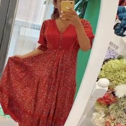 Hoy vemos en las historias la colección HIBISCUS … vestido o falda ?   Te enseño como combinar ambas prendas para sacarles el máximo partido ❤️  Www.NinetaMurcia.Com